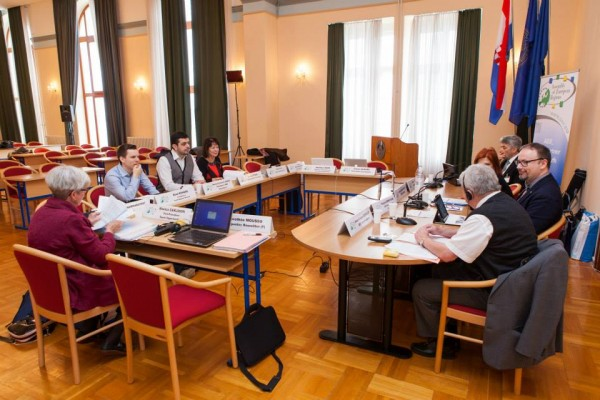 Bureau zadar feb. 2014 assembly of european regions